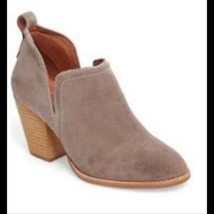 Jeffrey Campbell Rosalee Ankle Bootie